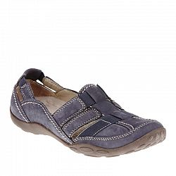 Buying Clarks Shoes Online In Canada