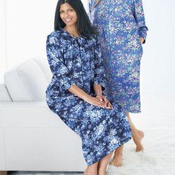 Vanity Fair®/MD Long Zip-front Robe