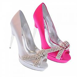 Barbie By Town Shoes 175 00, Pretty In Pink, Things Shoes, Shoes Fev, Sanuk Sandals, Shoefev, Bridal Shoes, Shoes Slut, Barbie Shoes
