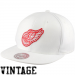 Mitchell & Ness Detroit Red Wings Basic Vintage Logo Adjustable Hat - White